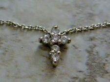 Exquisite Roberto Coin Tiny Treasures 18kt white gold diamond cross necklace