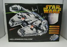 Millennium Falcon 2005 STAR WARS Revenge of the Sith MIB NEW