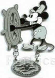 Disney Pin: DCL Disney Cruise Line - Steamboat Willie