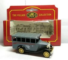CORGI THE VILLAGE CAMEO COLLECTION BEDFORD BUS - CC - BOXED
