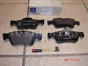 Mercedes W164 ML Genuine Rear Brake Pad Set,Pads w/Sensor ML350 ML500 ML550 NEW