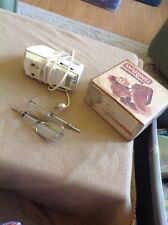 Vintage Working WARING 6 Speed HAND MIXER Cream Colored Beater Kitchen Retro