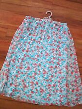 VERY NICE STRETCH SKIRT SIZE 16 BY MILLERS