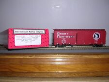 """INTER.#46005-  Great Northern """"Red"""" 40' 12 Panel Box Car w/3 #s H.O.Scale 1/87"""