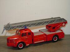 Berliet GLR Fire Truck - Corgi *37201