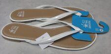 Women's Size 11 White Montego Bay Flip Flop Sandals NEW