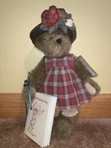 "Boyds Bears Plush Bear ""Lizzie Wishkabibble"" with Tag, Hat & Book 10"" Tall"
