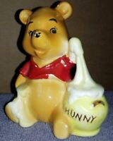 Vintage Disney Winnie The Pooh Porcelain Figurine JAPAN WALT DISNEY PRODUCTIONS