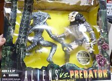 Nib Aliens Vs Preditor Ultimate Battle #27790 10Th Anniver Edition Figures Sh1E