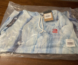 SUPREME/ THE NORTH FACE ICE HOODED SWEATHIRT SIZE LARGE (IN HAND) SS21 WEEK 5