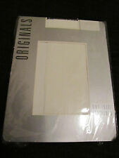 Kayser Originals White Nylon Stockings in One Size - Shoe 4 to 7 UK