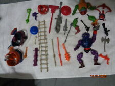 HE-MAN ACTION FIGURES PIECES & PARTS 2 BIRDS 2 FIGURES DAMAGE NEED TO READ !!