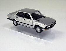 Herpa 038652  BMW 528 i (E28) Limousine - silbermetallic / silver metallic