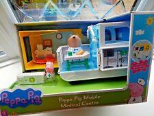 PEPPA PIG AND DR BROWN BEAR Figuras Con Conjunto de Juego Nuevo móvil médica CENTRE