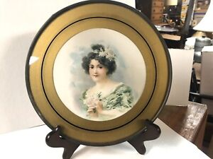 """Vintage Antique Flue Cover Wall Hanging Victorain Lady 8 1/2"""""""
