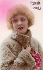 BE184 Carte Photo vintage card RPPC Femme woman colored colorié Fourrure Bonnet
