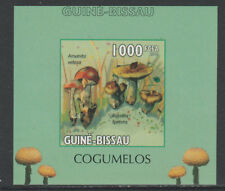Guinea Bissau 5657 - 2010 MUSHROOMS #1 imperf deluxe sheet unmounted mint