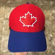 Toronto Blue Jays Maple Leaf New Era Baseball Hat Fitted 39Thirty M L 3743e746fa63