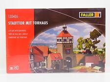 LOT 16529   Faller HO 130406 Stadttor mit Torhaus City Gate Bausatz NEU in OVP