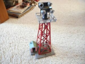 S SCALE AMERICAN FLYER #774 FLOODLIGHT TOWER WITH HOUSE