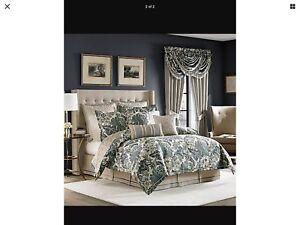 """Croscill Marietta 18""""  X 18 Square Decorative Pillow"""