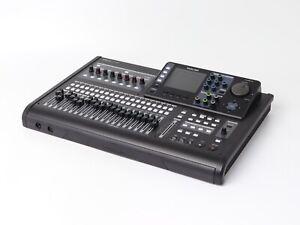 Mehrspurrekorder Tascam DP-32SD 32 Spur Digital Portastudio Black unvollständig