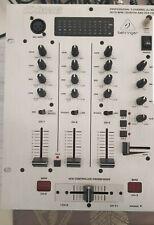 Mesa de mezclas dj behringer dx626