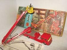 Véhicules miniatures rouge pour Bedford