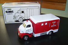 First Gear Philadelphia Fire & Rescue GMC Insulated Van 1:34 Scale #561