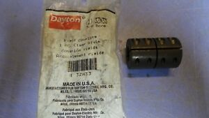 1 – DAYTON 3ZN33 Coupling, Rigid Steel, 5/8 Bore. NEW