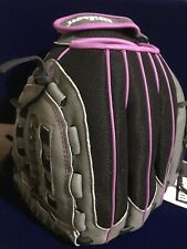 Women's Wilson 2019 Flash 11 in Fastpitch Glove Black/Grey/Purple