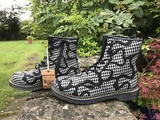 "Dr.Martens""Delaney"" reflective snake grey and black boots UK 5.5 EU 38.5 BNIB"
