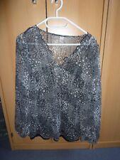 ausgefallene transparente Bluse mit passendem Trägertop von s'Oliver - Gr. 38