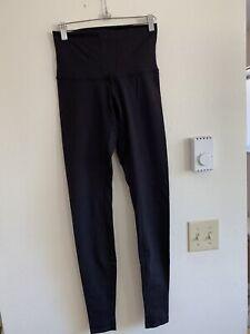 Lululemon size 6 women's leggings black color skinny