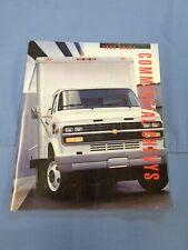 Nos 1993 Chevy Commercial Brochure 93 Suburban Blazer 1500 Truck Lumina Van