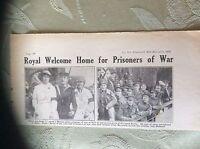 a2a ephemera 1918 ww1 picture british sailors p o ws arrive hull