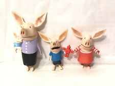 Olivia The Pig Family Figures Mom Brother Ian