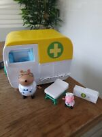 Peppa Pig Ambulance Plus Figures