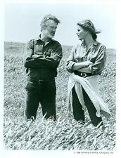 MARIEL HEMINGWAY KRIS KRISTOFFERSON IN FIELD AMERIKA ORIGINAL 1987 ABC TV PHOTO