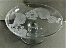 DOROTHY THORPE STYLE MID CENTURY MODERN ACID FLORAL ETCHED FOOTED BOWL, MINT