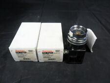NEW LOT FURNAS 52PA4CN OILTIGHT FULL VOLTAGE 12V AC/DC PILOT LIGHT NO LENS NIB