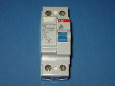 ABB FI - Schutzschalter 300 mA 2 polig 25 A 0,3A 240V ~ guter Zustand