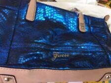 Sac à main GUESS ECAILLES bleu électrique, neuf, étiqueté valeur 95€