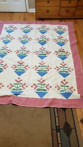 """Vintage Patchwork Quilt - Tulips - 80"""" by 64 """" NICE !"""