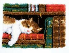 Vervaco Knüpfteppich Tiermotiv  Katze im Bücherregal 53x39 cm  KKPN0149896