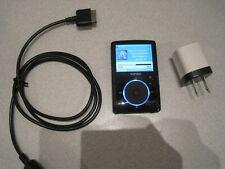 SanDisk Sansa Fuze (4GB) Digital Media MP3 Player Black.