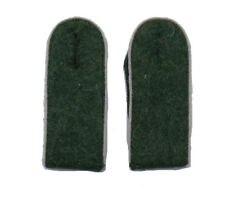 German WW2 Army M43 enlisted ranks shoulder boards.White piping