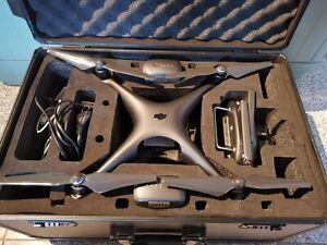 DJI Phantom 4 Pro (obsidianschwarz) Set mit Koffer 2Akkus