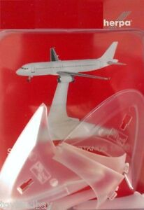 Herpa 521024 Set of 4 Display Stands for 2015 plus planes Herpa 1:500 Scale