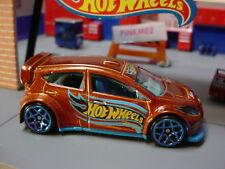 '12 FORD FIESTA ✰brown/blue Y5✰multi gift pack exclusive ✰2019 Hot Wheels LOOSE